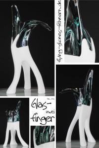 Glasfinger zwei
